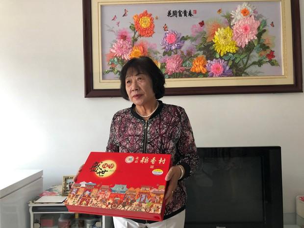 Cô giáo tặng học sinh đôi giày vài chục ngàn, 26 năm sau trò quý trả ơn bằng một ngôi nhà trăm triệu làm ấm lòng cư dân mạng - Ảnh 5.