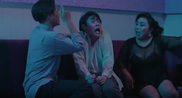Buồn chồng, cô Mến Ghe Bẹo hồ đồ đi karaoke tay vịn giải sầu tới mức bị tổ bóng quật sùi bọt mép - Ảnh 6.