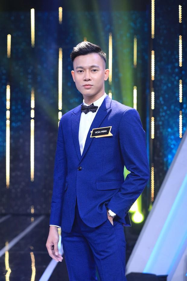 Người ấy là ai: Hương Giang khiến khán giả khó hiểu khi giơ bảng Xanh cho chàng trai LGBT - Ảnh 2.