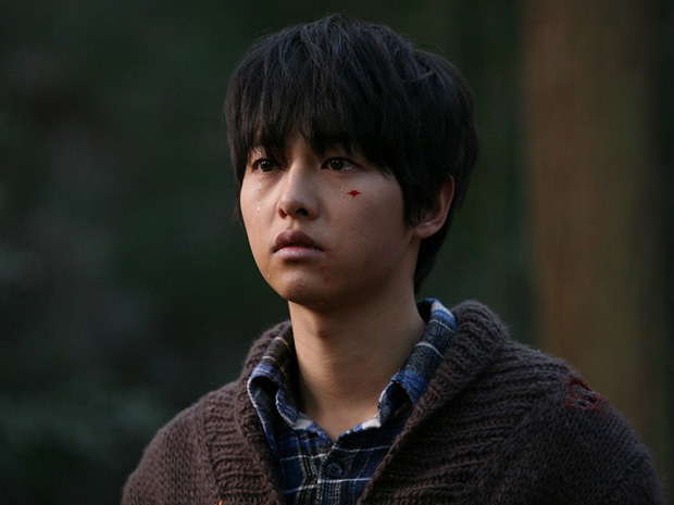 Đội ngũ sản xuất phim lần đầu tiết lộ động thái và thái độ không ngờ của Song Joong Ki vào ngày đệ đơn ly hôn - Ảnh 2.