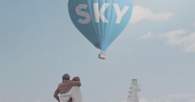 Cứ quay MV ở đâu là nơi đó nổi đình nổi đám, chắc mời Sơn Tùng M-TP làm đại sứ du lịch trong lòng Sky luôn quá! - Ảnh 12.