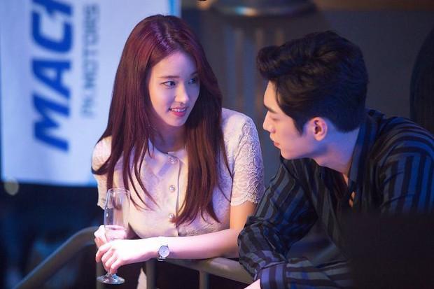 Mỹ nữ Hậu Duệ Mặt Trời Park Hwan Hee trước khi tố giác chồng cũ bạo hành: Sự nghiệp nữ phụ toàn phim hot - Ảnh 2.