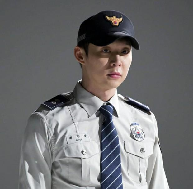 Từng đóng vai cảnh sát cool ngầu, tréo ngoe thay Park Yoochun lại bị tuyên án tù treo rồi? - Ảnh 5.