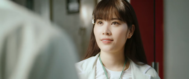 Phũ đẹp Quang Trung đi cưới vợ, Cris Phan bỗng trổ bóng trong phim mới của miss thất tình Nam Em - Ảnh 2.