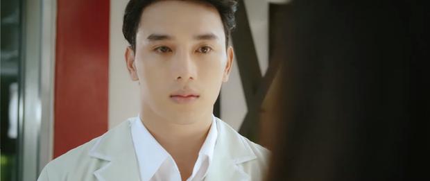 Phũ đẹp Quang Trung đi cưới vợ, Cris Phan bỗng trổ bóng trong phim mới của miss thất tình Nam Em - Ảnh 3.
