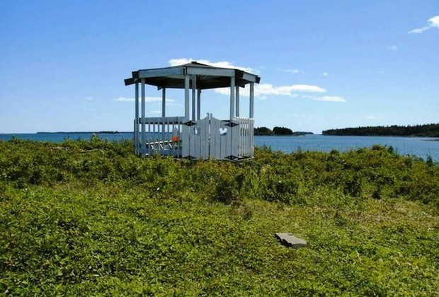 7 hòn đảo được bán với giá rẻ như cho mà cuối cùng vẫn chẳng ai thèm mua - Ảnh 4.