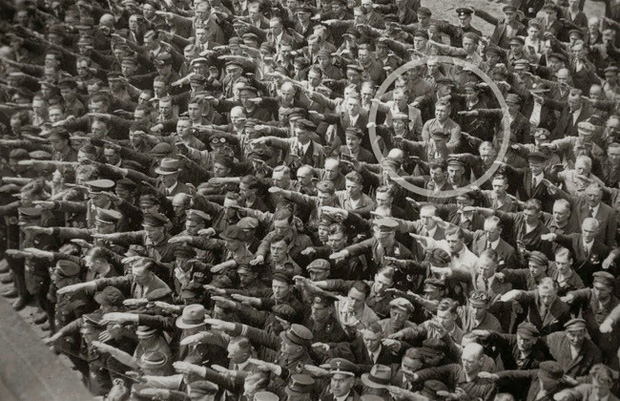 Những bức ảnh lịch sử hiếm có bạn chưa từng xem qua - Ảnh 7.