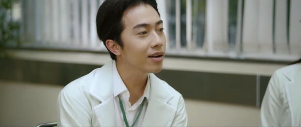 Phũ đẹp Quang Trung đi cưới vợ, Cris Phan bỗng trổ bóng trong phim mới của miss thất tình Nam Em - Ảnh 7.