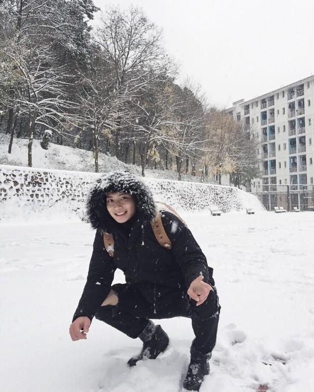 Đốn tim các chị em bằng ngoại hình không khác gì soái ca, chàng trai du học sinh Trung Quốc này đang gây bão cộng đồng mạng... - Ảnh 3.