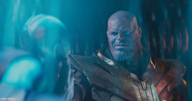 Đoạn kết ENDGAME lẽ ra còn điếng người hơn: Thanos đồ sát cả đội Avengers, tha đầu Captain America làm chiến lợi phẩm? - Ảnh 8.