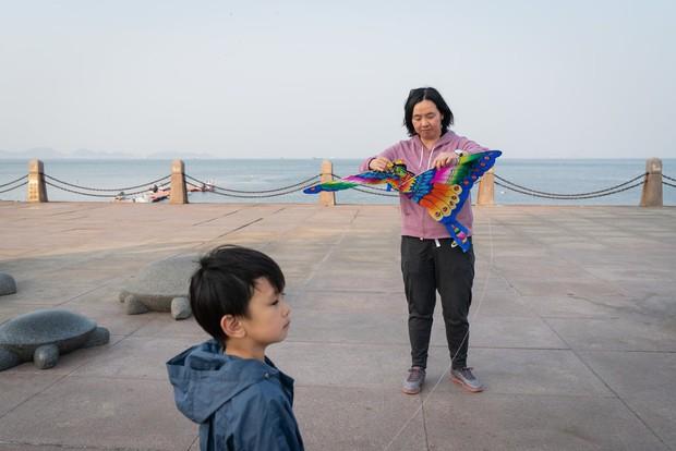 Nỗi khổ của phụ nữ Trung Quốc: Ở công ty thì bị phân biệt, về nhà cam chịu chồng ngoại tình, ngược đãi vì lo sợ ly hôn trắng tay - Ảnh 3.