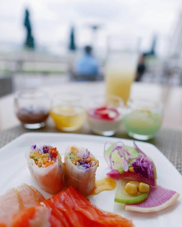 Người Việt vẫn bị chê thiếu văn minh khi ăn tiệc buffet, vậy đâu là cách ăn thật sang mà lại huề được vốn bỏ ra ban đầu? - Ảnh 7.