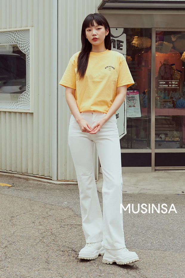 Toàn đồ basic nhưng mô đen hết cỡ, street style Hàn Quốc tuần qua sẽ khiến bạn muốn copy ngay và luôn - Ảnh 10.