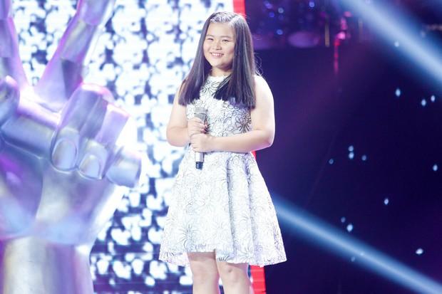 Giọng hát Việt nhí: Phạm Quỳnh Anh cướp vương miện của Hương Giang trao cho cô bé 11 tuổi - Ảnh 12.
