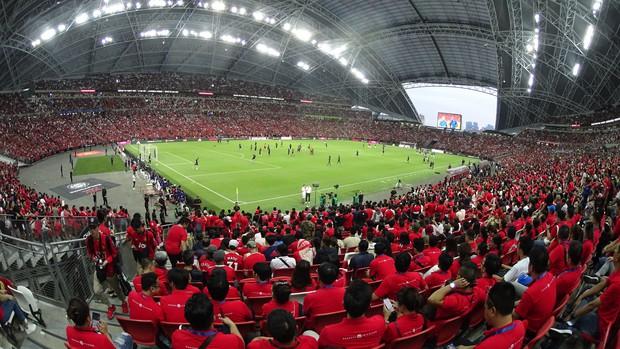 Diễn viên Bình An đẹp trai rạng ngời trong ngày đến Singapore tiếp lửa MU đánh bại Inter Milan - Ảnh 6.
