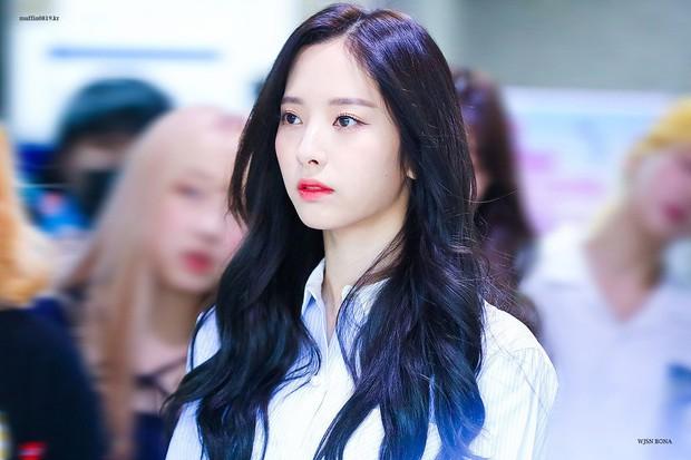 30 nữ idol nhóm nhạc Kpop hot nhất: Ngỡ ngàng Jennie quá khiêm tốn, mỹ nhân sexy qua mặt cả nữ thần Irene chiếm No.1 - Ảnh 3.