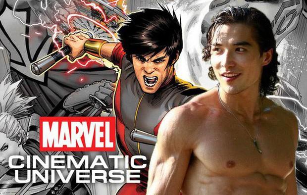 Siêu anh hùng Shang Chi mới nhà Marvel: Anh kế toán bị đuổi việc trở thành mỹ nam siêng cởi hot nhất Canada - Ảnh 1.