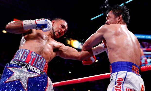 Huyền thoại Manny Pacquiao đánh như lên đồng ở tuổi 40, làm nhà vô địch bất bại người Mỹ phải câm lặng - Ảnh 9.