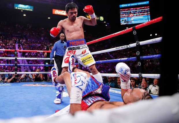 Huyền thoại Manny Pacquiao đánh như lên đồng ở tuổi 40, làm nhà vô địch bất bại người Mỹ phải câm lặng - Ảnh 4.