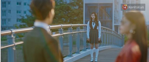 Lee Jun Ki hóa linh mục trừ tà nhiệt huyết, khiên IU nổi cơn tanh bành trong tập 3 Hotel Del Luna - Ảnh 10.