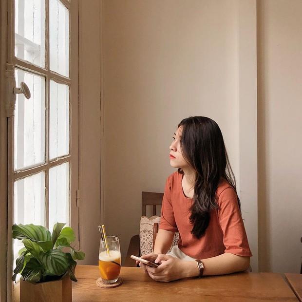 Ghé hai tiệm cafe cùng tông trắng xinh đang được check-in đông đảo nhất ở Hà Nội, mùa hè này đã có quán mới để dừng chân - Ảnh 38.