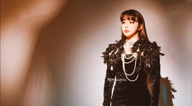 """Một mình Park Bom liệu có đủ sức cân 5 nhóm nhạc nữ, trong đó có """"quái vật nhạc số của thế hệ 3? - Ảnh 7."""