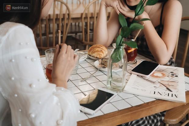 Ghé hai tiệm cafe cùng tông trắng xinh đang được check-in đông đảo nhất ở Hà Nội, mùa hè này đã có quán mới để dừng chân - Ảnh 20.