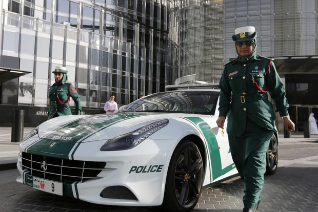 Đi du lịch đến Dubai, bạn sẽ hết hồn khi biết nhà chờ xe buýt có lắp điều hoà, vàng được bán ở cây ATM - Ảnh 5.