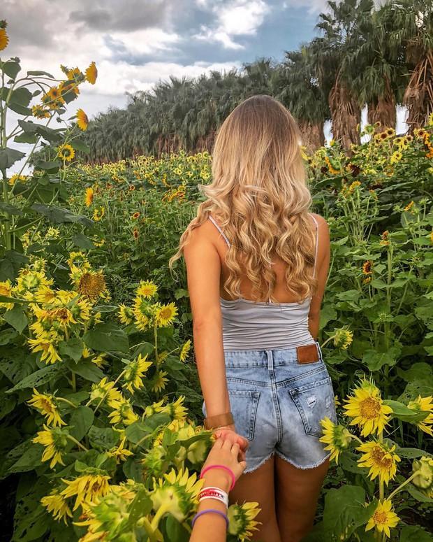 Dù YG có giữ bí mật tới mức nào thì lịch trình ở Hawaii của BLACKPINK vẫn được tiết lộ gần như toàn bộ bởi cô nàng này - Ảnh 10.