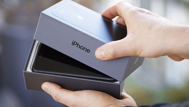 Giải ngố về thuật ngữ mua bán iPhone tại Việt Nam: Hàng lướt, like new, 99%... là kiểu gì? - Ảnh 3.
