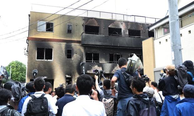 Hé lộ nguyên nhân không thể thoát hiểm trong vụ cháy xưởng phim Nhật - Ảnh 1.