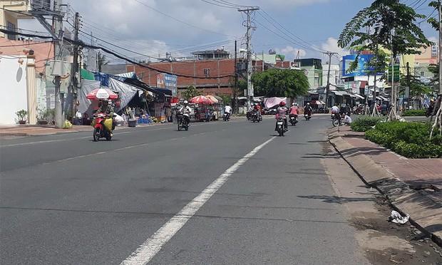 Tông chết nữ công nhân quét rác ở Cà Mau, tài xế lái xe bỏ trốn - Ảnh 1.