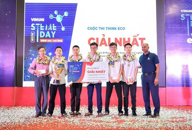 Ngôi trường cấp 3 giỏi hàng đầu Việt Nam: Có hàng chục huy chương quốc tế, thủ khoa khối C và cầu truyền hình Olympia chỉ trong một năm học - Ảnh 4.