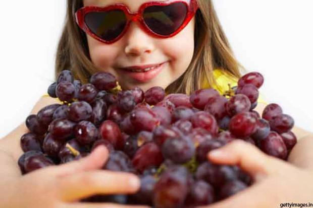 Mách bạn 8 lợi ích sức khỏe tuyệt vời mà quả nho đem lại - Ảnh 4.
