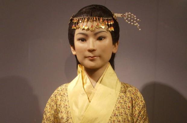 Câu chuyện bí ẩn về xác ướp vị phu nhân Trung Hoa kỳ lạ nhất thế giới: 2.000 năm tuổi da vẫn mềm, tóc vẫn xanh, có máu chảy trong tĩnh mạch - Ảnh 5.