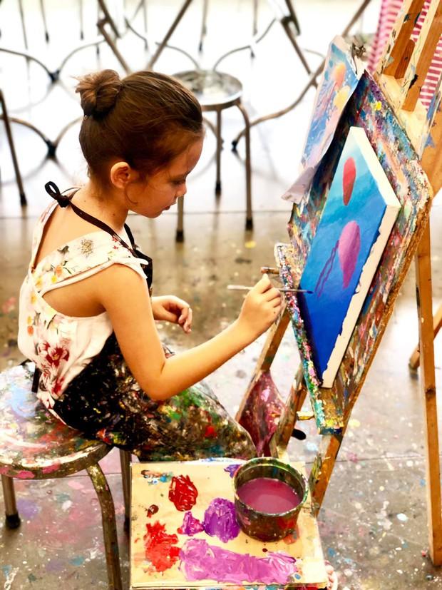 Điểm mặt hội ái nữ nhà sao Việt: Còn nhỏ đã có năng khiếu nghệ thuật, xinh đẹp chuẩn mỹ nhân tương lai - Ảnh 6.