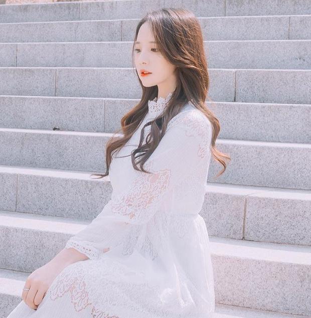 Ngắm nét đẹp nữ game thủ duy nhất tại PMCO PRELIMS 2019 - Ngỡ như idol Hàn debut chơi game! - Ảnh 6.
