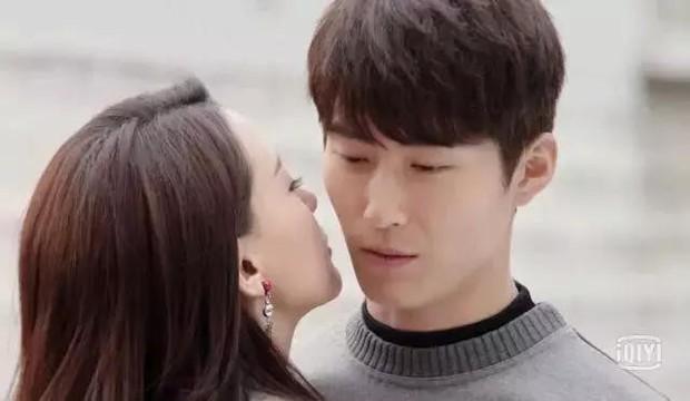 Đường Yên làm tiểu tam giàu nghị lực, netizen phẫn nộ: Lại một bộ phim tung hô tiểu tam à? - Ảnh 4.