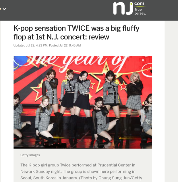 """Fan phẫn nộ khi concert của TWICE bị báo Mỹ """"ném đá"""" thậm tệ: Nhóm bị chê """"flop"""", mang tiếng kém tài - Ảnh 1."""