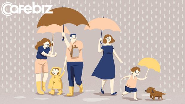 Nhà báo Thu Hà: Vì sao bố mẹ lại tước đoạt QUYỀN ĐƯỢC SAI LẦM, quyền được đứt tay, quyền ngã xe, quyền đi lạc, và cả quyền bị lừa… của trẻ con? - Ảnh 1.
