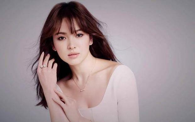 Song Joong Ki đang học tập Ảnh đế bị cắm sừng khi chủ động ly hôn, nhưng Song Hye Kyo chẳng phải người vợ bội bạc - Ảnh 4.