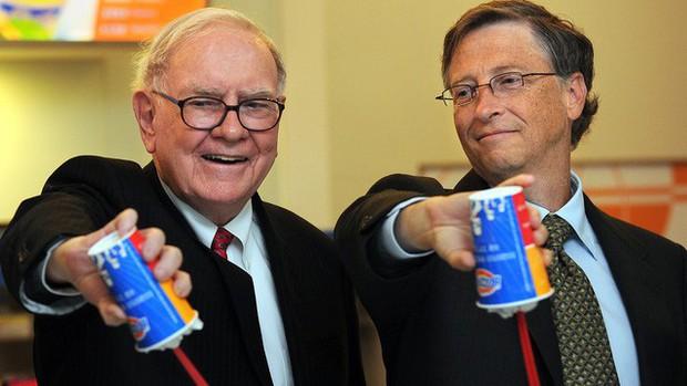 Vì sao Warren Buffett và Bill Gates cùng làm phục vụ tại một cửa hàng kem? - Ảnh 4.