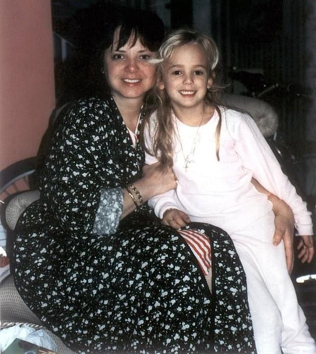 Lộ diện nghi phạm đoạt mạng hoa hậu nhí gây chấn động nước Mỹ 23 năm trước, không ai khác là tay nhiếp ảnh gia chụp ảnh cho đứa trẻ - Ảnh 3.