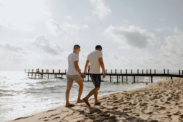 Cặp đôi LGBT gây bão mạng kỉ niệm 500 ngày yêu bằng chuyến du lịch lãng mạn ở Phú Quốc - Ảnh 7.