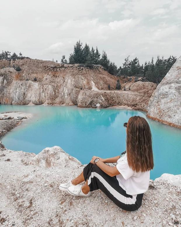 Sốc: Nhập viện hàng loạt sau khi bơi, hồ nước xanh lam nổi tiếng Tây Ban Nha này chính là hiểm họa với du khách - Ảnh 6.