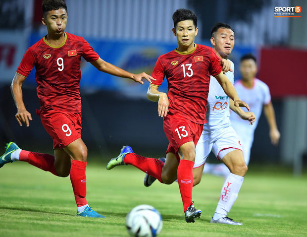 U22 Việt Nam 2-0 CLB Viettel: Hotboy Phố Hiến tỏa sáng - Ảnh 2.