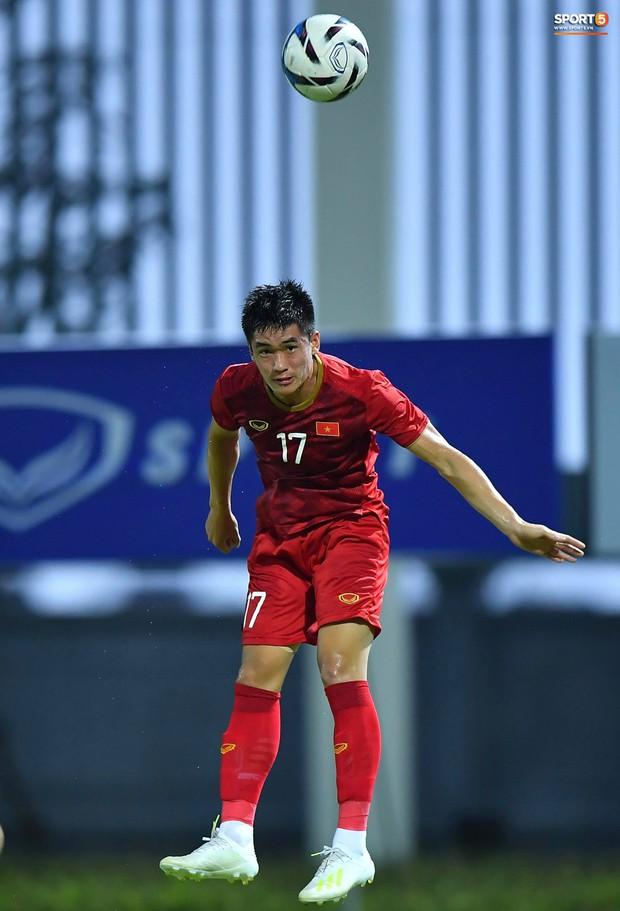 U22 Việt Nam 2-0 CLB Viettel: Hotboy Phố Hiến tỏa sáng - Ảnh 4.