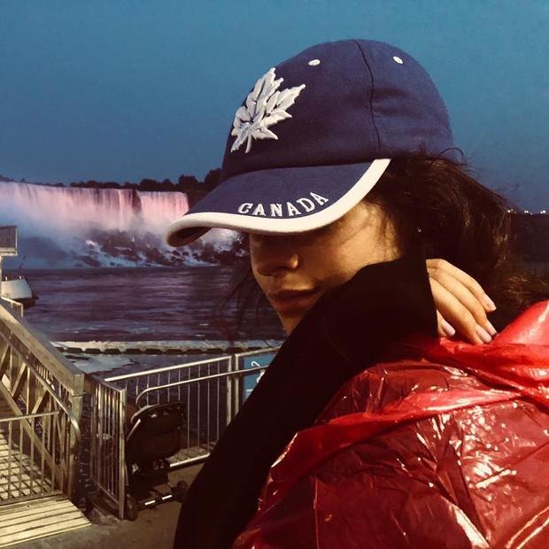 Tính ra tần suất đi du lịch của Camila Cabello cũng nhiều như số lần được fan ship với Shawn Mendes - Ảnh 5.