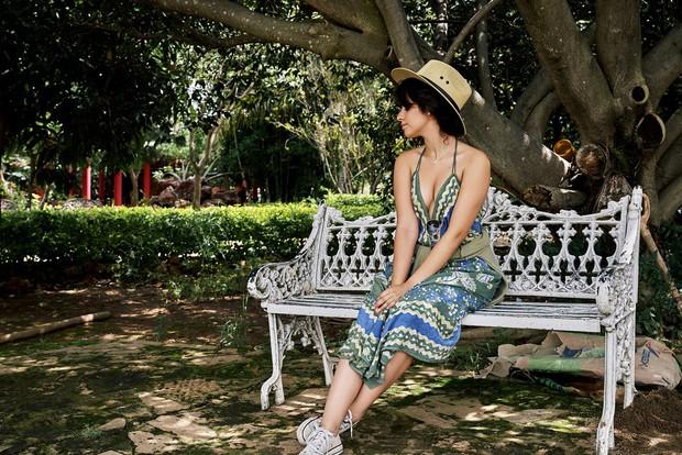 Tính ra tần suất đi du lịch của Camila Cabello cũng nhiều như số lần được fan ship với Shawn Mendes - Ảnh 9.