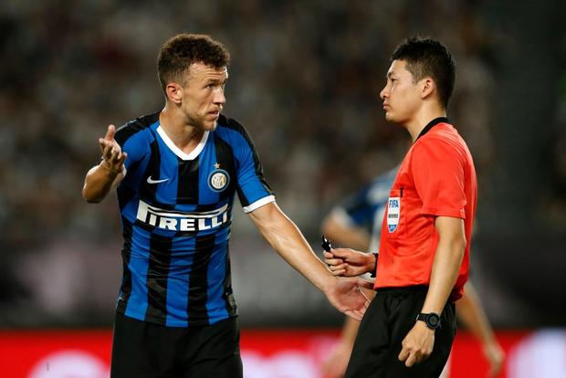 Ronaldo sút phạt thành bàn giải cứu đàn em De Ligt và Juventus - Ảnh 8.